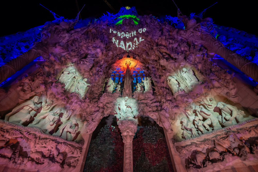 Sagrada Família invites you to feel the spirit of Christmas