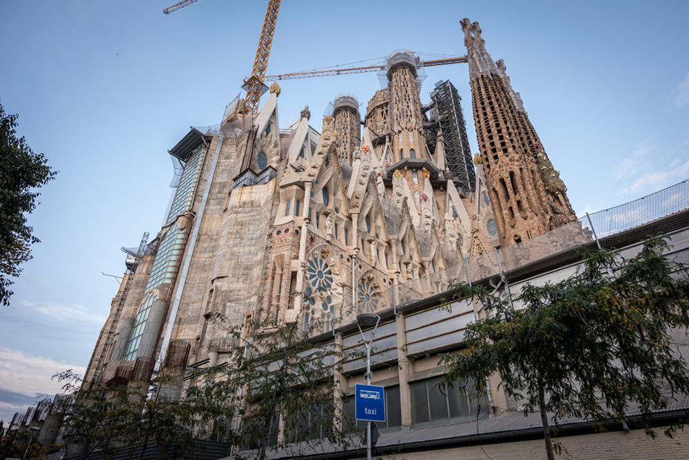Sagrada Família, open to dialogue with neighbours and City Council to improve the neighbourhood