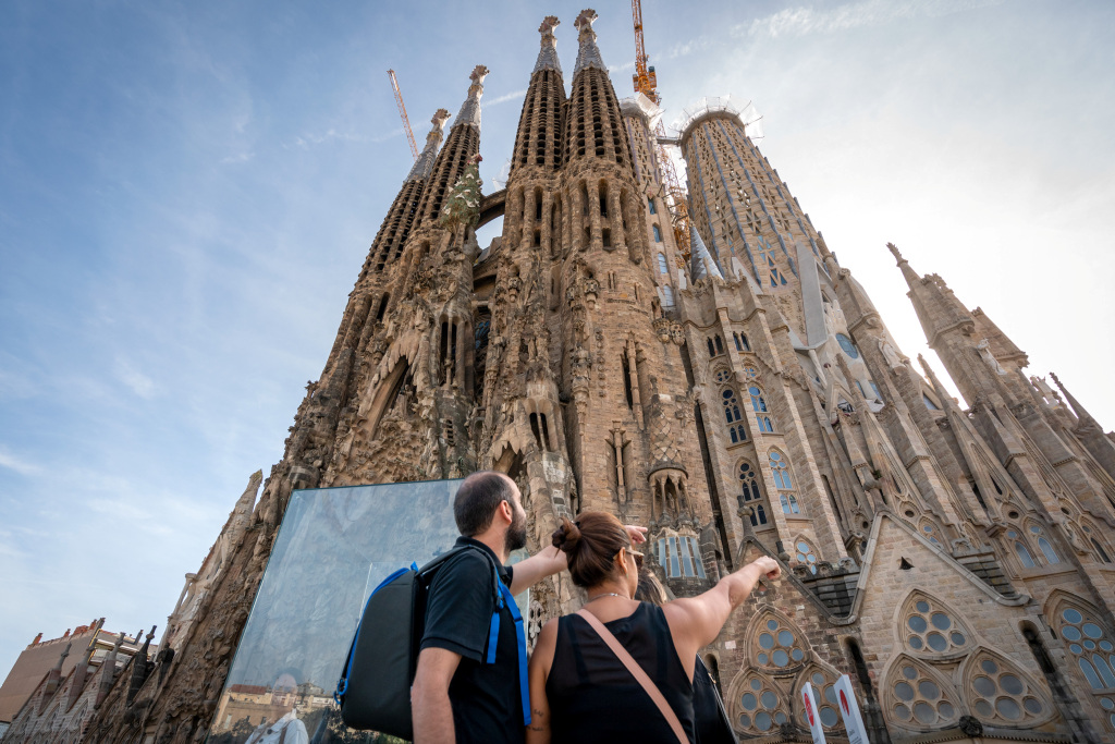 The Sagrada Família announces that it will open to all visitors  starting on Saturday, 25 July