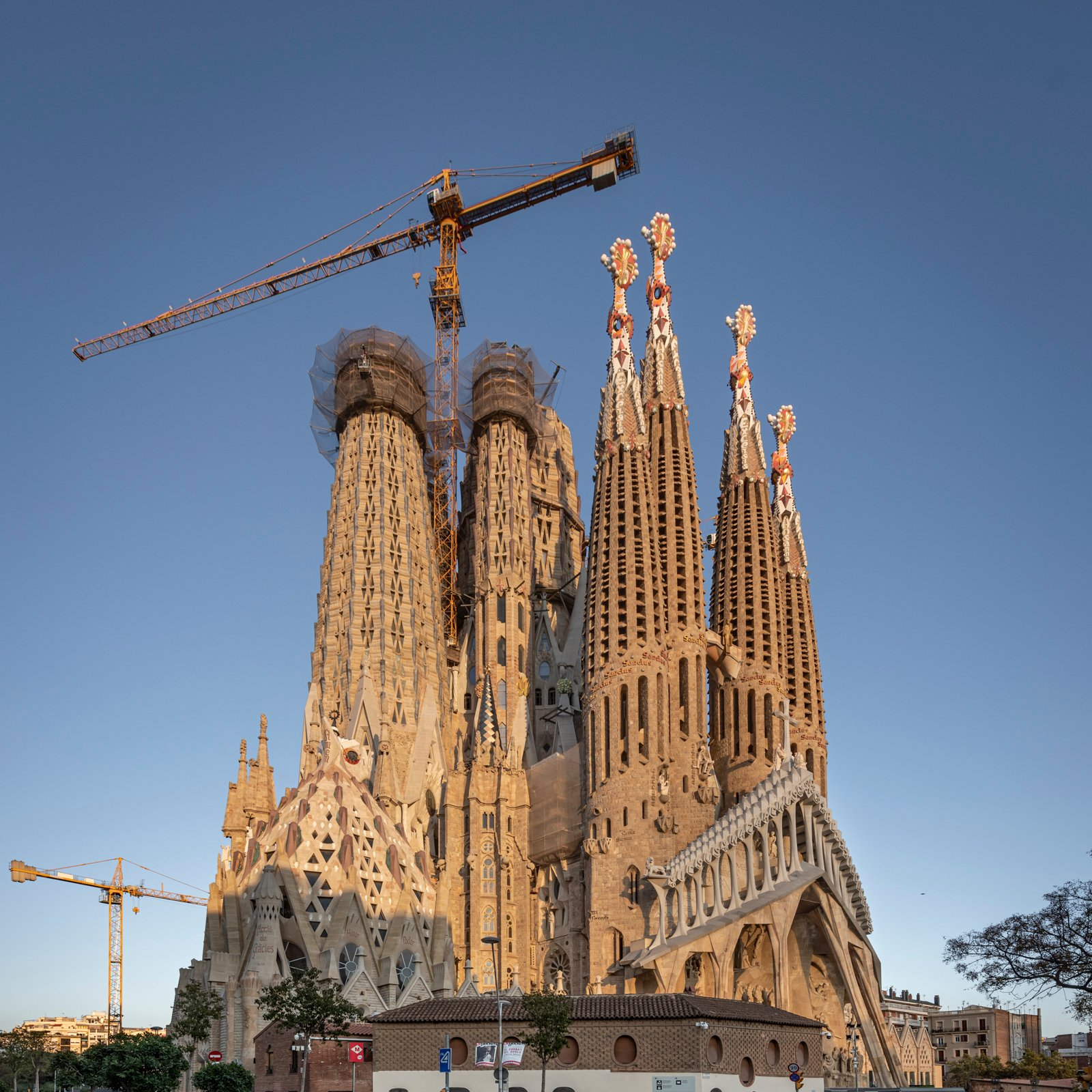 Work resumes on Basilica of the Sagrada Família
